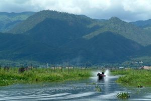 Inle-029